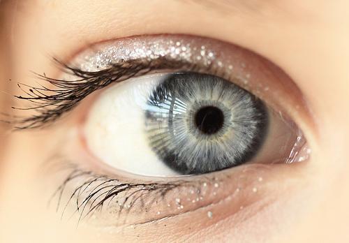 Cilvēks mirkšķina acis 17000... Autors: Ledaināā Interesanti fakti