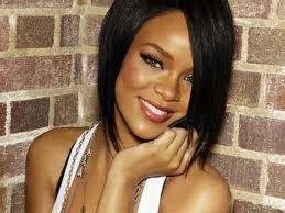 RIHANNA  Robyn Rihanna Fenty Autors: Slaidā Ēna Slavenu mūziķu īstie vārdi