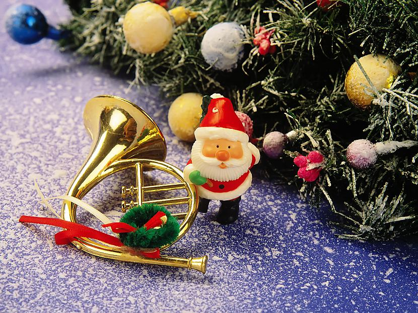 Kas tur brēca kas auroja Viņu... Autors: cezijscs Jautri dzejolīši + ziemassvētku attēli