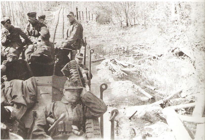 Leģionāri ceļā uz Volhovas... Autors: Sharkyy Latviešu cīnītāji 3