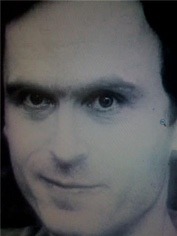 Teds Bandijs kriminālajā... Autors: ainiss13 Aci pret aci ar nāvi