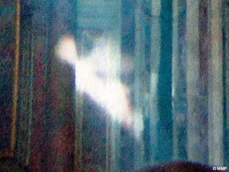 Autors: trions Kā gars darbojas fiziskajā pasaulē?