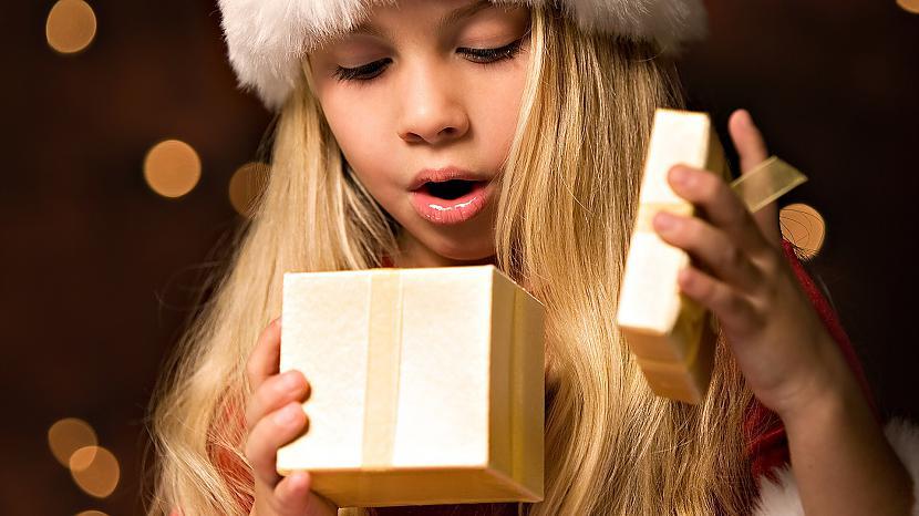 TitulbildePriecīgus visiem... Autors: Lux Makes me think 11 - Ziemassvētkos!