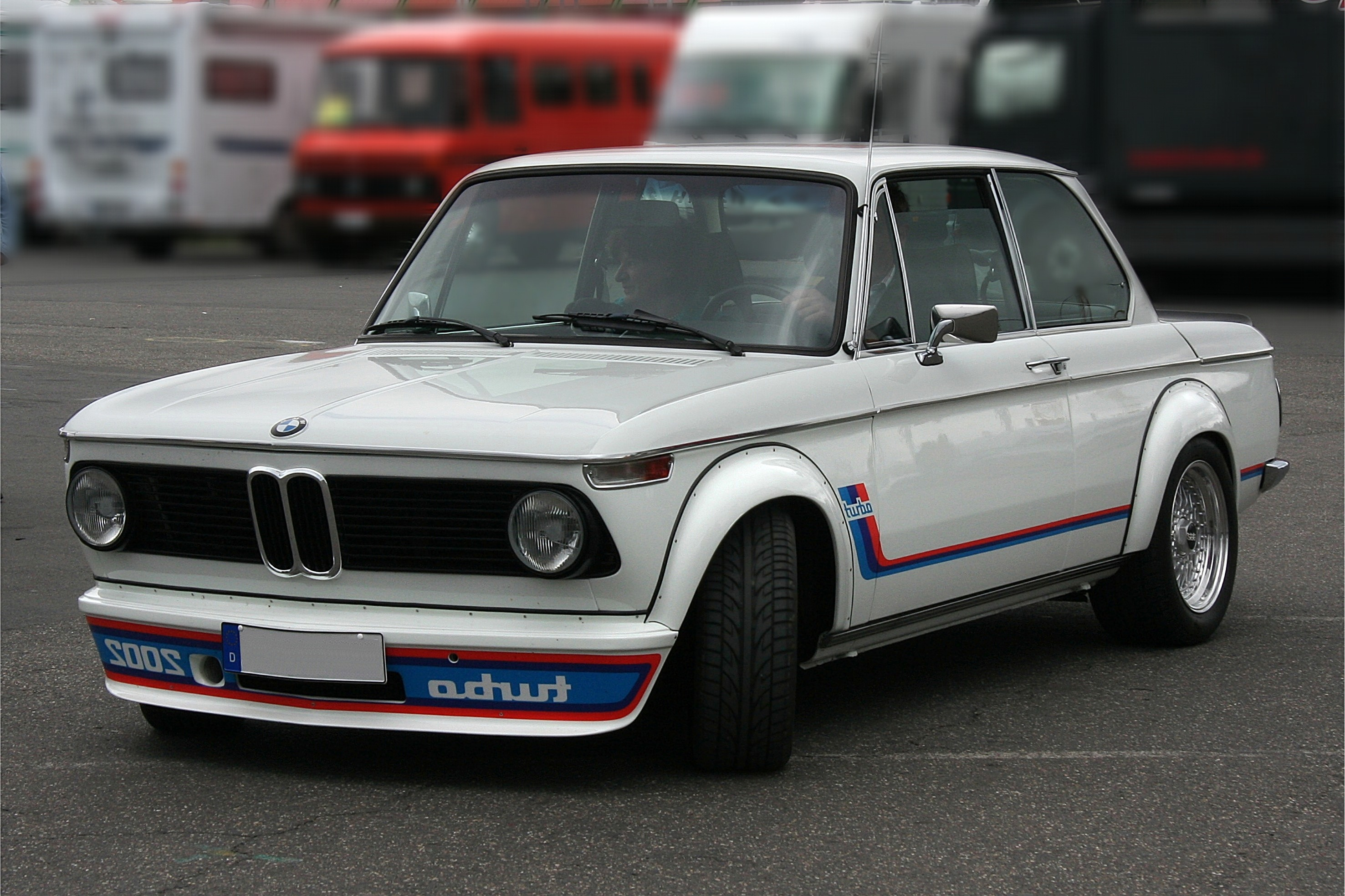 Photos Artistique de BMW ! ! ! - Page 5 _origin_Old-School-Bmw-pics-27