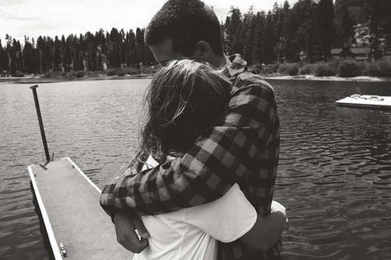 Viņa stāvēja uz tilta aiz... Autors: Fosilija Viņš&viņa