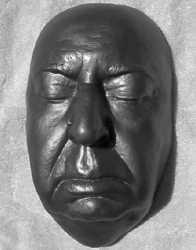 Kinorežisors Alfrēds Hičkoks Autors: Citizen Cope Nāves maskas