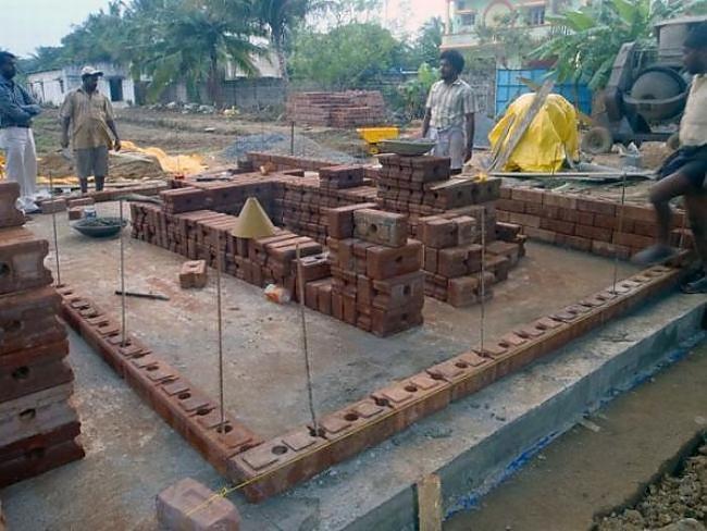 Autors: SK8T3R Māju celšana!