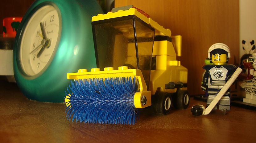 Tīrišanas mašīna Protams nav... Autors: Fosilija Mani ''Lego'' cilveciņi (Minifigure