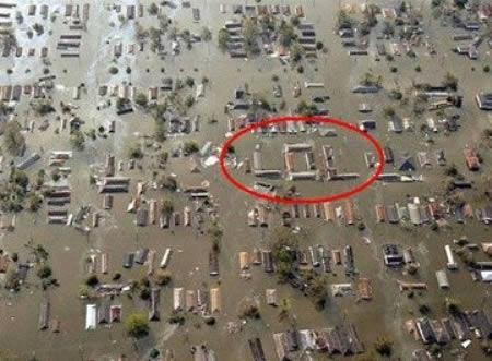 Vienmēr meklē to labo un... Autors: AldisTheGreat 13 Asprātīgi atrisinājumi kā pārdzīvot plūdus.