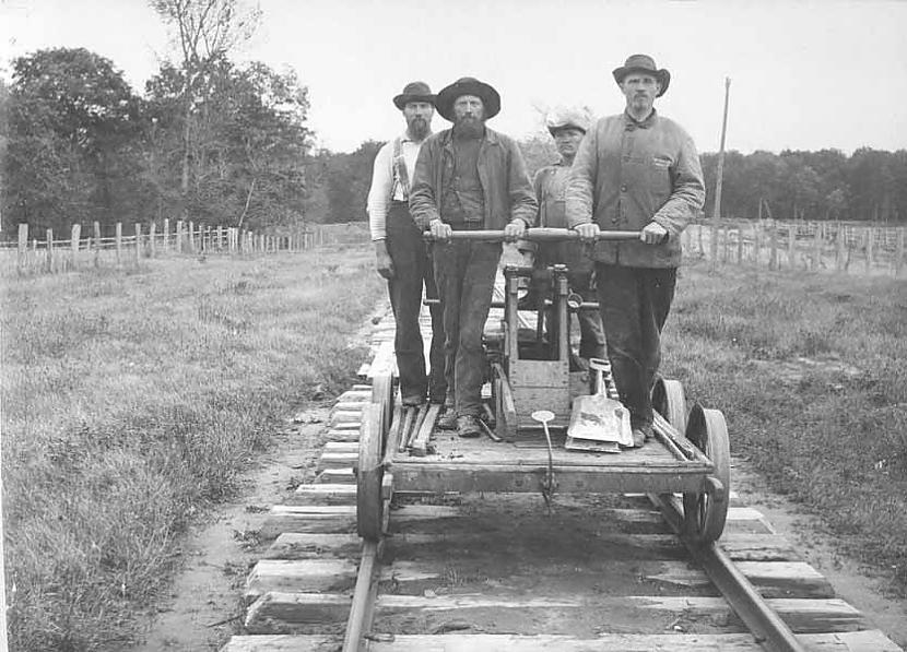 Tikmēr piekāstās vilciena... Autors: YogSothoth Lielā lokomotīvju pakaļdzīšanās