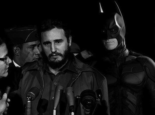 Betmens skatās pāri Fidela... Autors: Xmozarus Supervaroņi vecajās kara bildēs