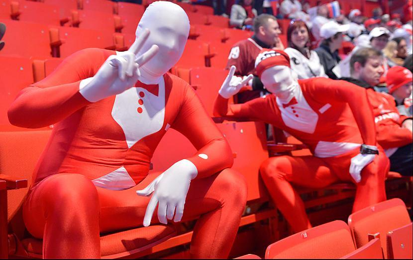 Autors: BrĀLis scorpion1 Uz šādiem faniem nevar neatskatīties!