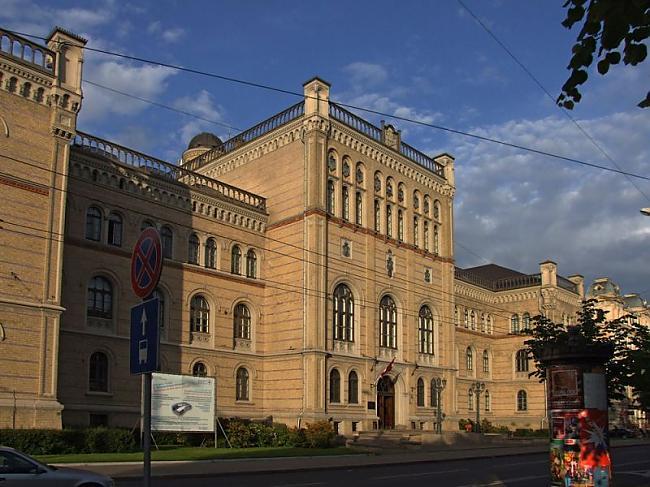 Pavisam caur scarono... Autors: Namarie Latvijas Universitāte - diskusija