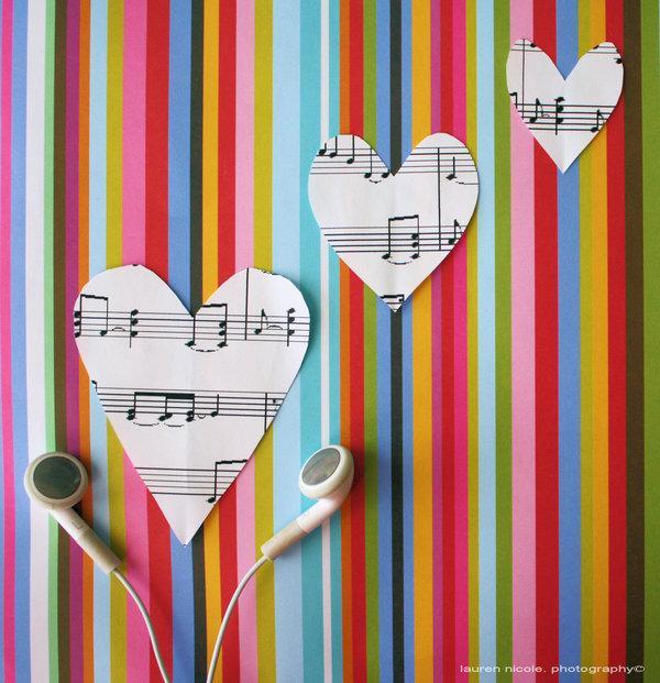 Dziesmām kuras bliež pa jūtām... Autors: Koncha09 True.!