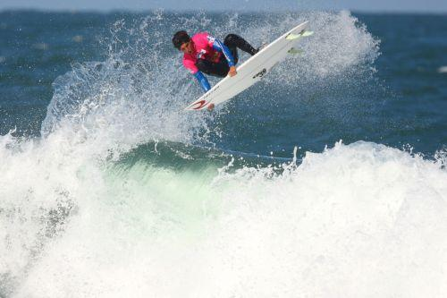 Sponsori Rip Curl wetsuits and... Autors: whosays Best Male Surfers 2012