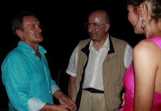 Gruzīņu izcelsmes uzņēmējs... Autors: kjuvertijs 13 bagātākie cilvēki, kas apmeklēja 'Jauno vilni'