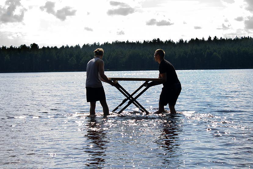 Stiepjam iekscaronā ekipējumu Autors: Quorthon Jauns olimpiskais sporta veids - ūdensnovuss (pacelts)