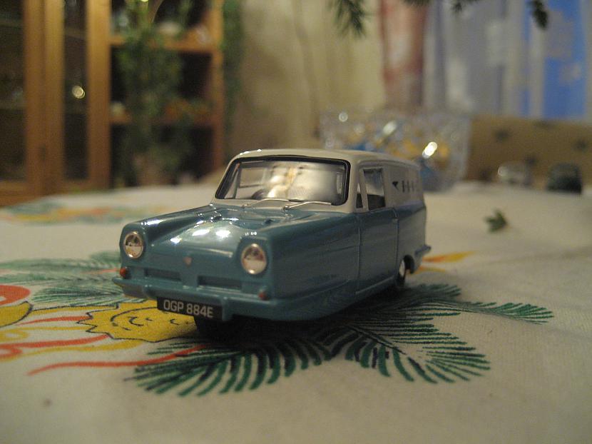 Reliant Regal Autors: Mimis Mana automodeļu kolekcija.