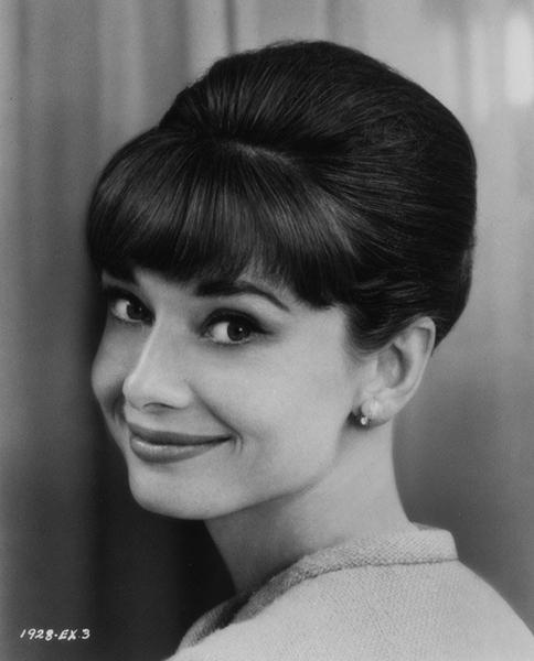 Sex appeal is something that... Autors: serenasmiles Audrey Hepburn bildēs un citātos.