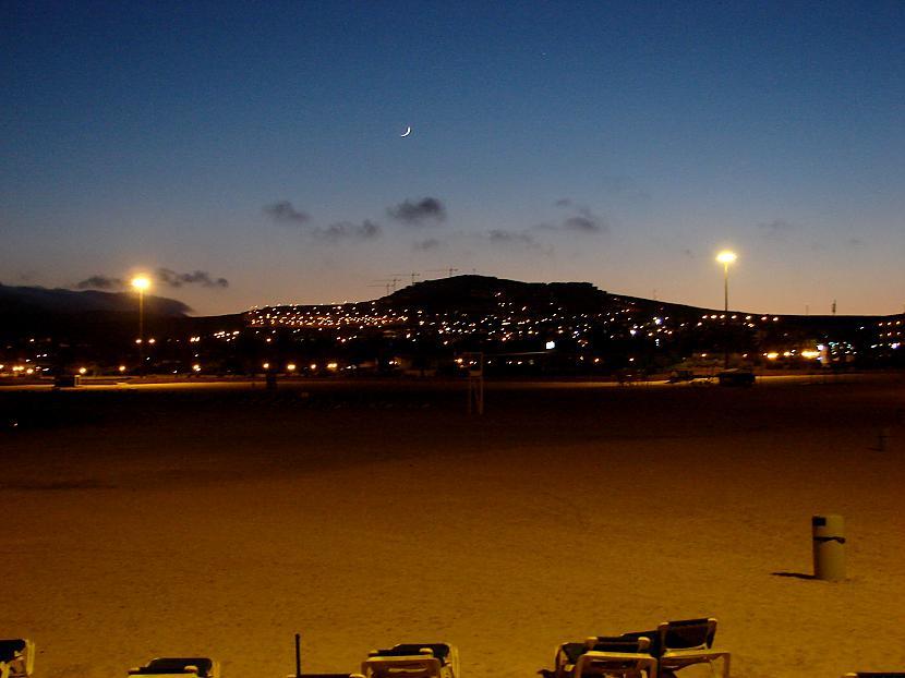 Caleta De Fuste vakarā Autors: Latišs Ceļojums uz paradīzi - Fuerteventura