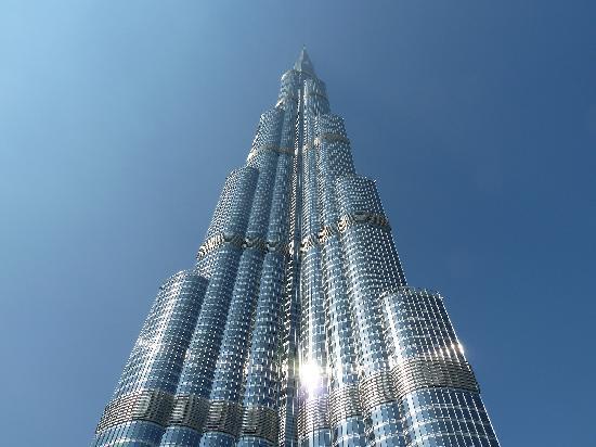 Torņa un apkārtnes izmaksas... Autors: Fosilija Iespaidīgais Burj Khalifa.