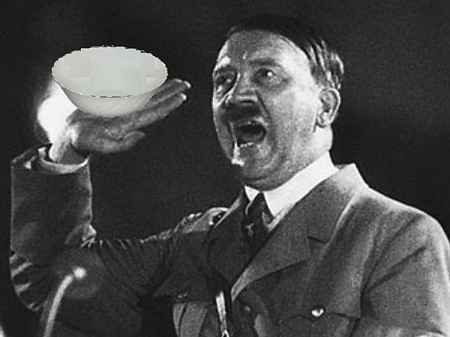 Titulbilde Autors: sexuālists Kā Hitleram sasmērēja bļodu..