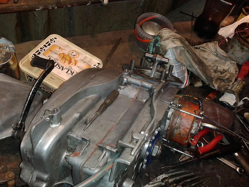 Motoram jau uzlikta aizdedze... Autors: dolaars8 IŽ Planeta3 K-15