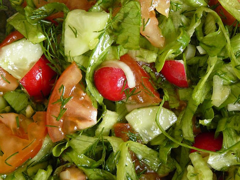 Pavasara... Autors: 69 Dažādi salātiņi...