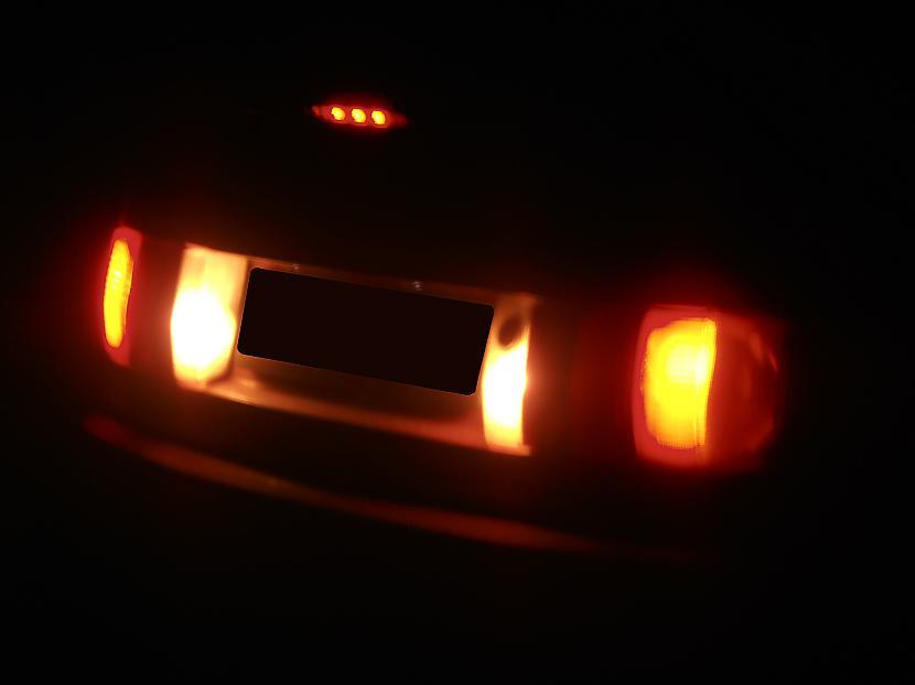 Audi 80 B3 aizmugures lukturi... Autors: twitter15 Audi 80 B3