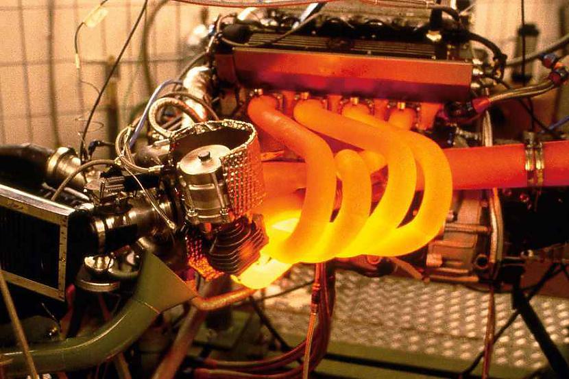 1000 grādi  tāda ir izplūdes... Autors: Mahitoo Pirmā Formula