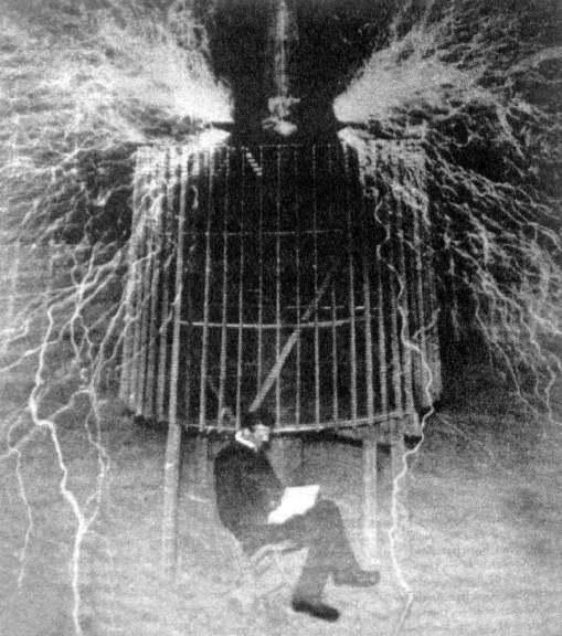 Atgriežoties savā pagaidu... Autors: Gugols Nikola Teslas tornis – Bezvadu elektrība