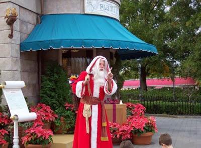 Scaronim dzimtā vieta ir... Autors: fAntAzyY Santa Klausi no dažādām vietām.