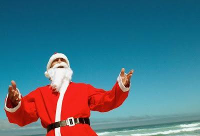 Hou Hou houu sviecieni atkal... Autors: fAntAzyY Santa Klausi no dažādām vietām.