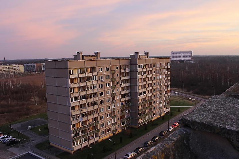 Blakus atrodas scaronī māja ... Autors: kpot Liepāja - Milzis, kurš atstāts novārtā