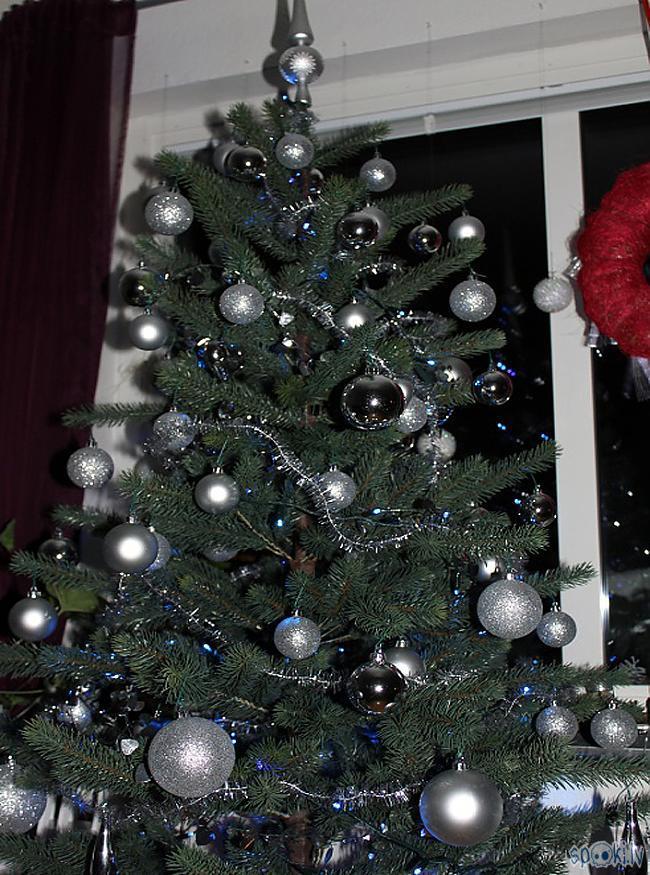 Un pati Ziemassvētku eglīte Autors: xd Ziemassvētku galds