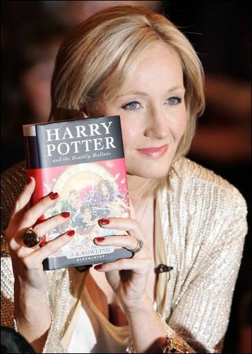 Joanne Rowling 1965Vairāk gan... Autors: mei4aa Slavenu cilvēku neveiksmes pirms panākumiem #5