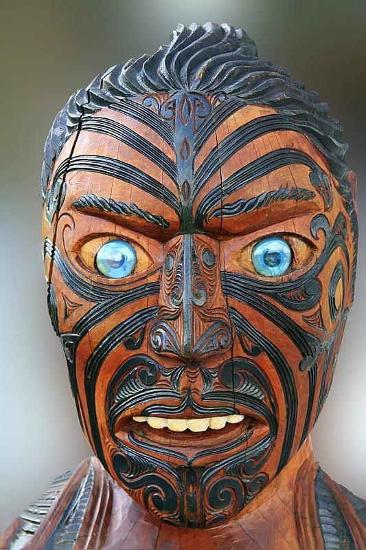 nbsp1 Maori cīnītāju... Autors: The Psychiatrist Pasaulē slavenākie objekti, kuriem esot uzlikts lāsts