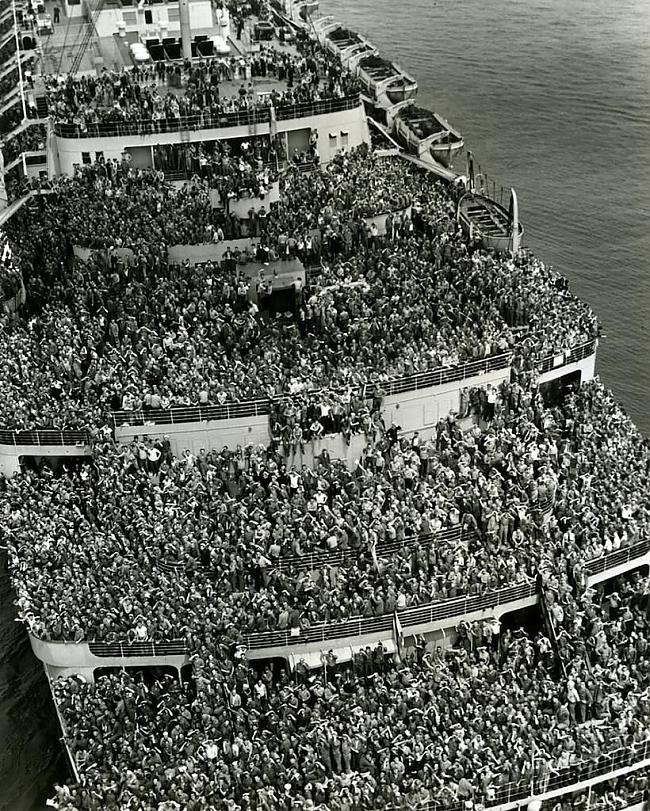 nbsp14 000 gavilējoscaroni ASV... Autors: Kapteinis Cerība Kuģa Queen Elizabeth bojāeja
