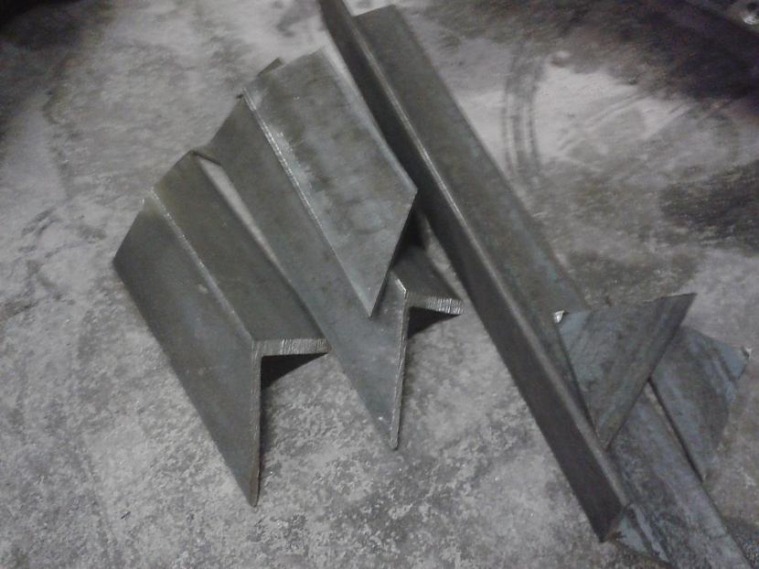 atgriezumi no atgriezumiem Autors: shift22 dzelzs galds-