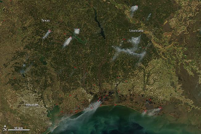 Meža ugunsgrēki ASV Autors: Prāta Darbnīca Neparasti attēli no Zemes orbītas