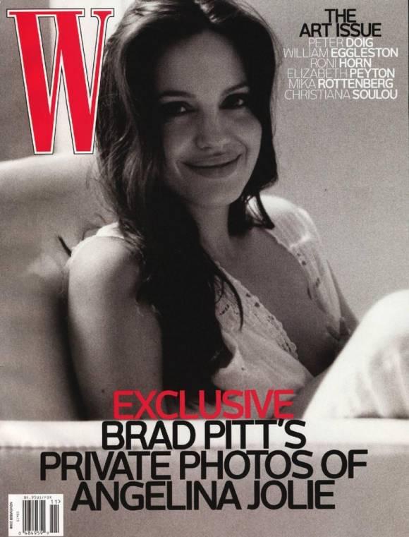 Angelina Jolie Autors: lolypapgirl Slavenību māmiņas publiski barojot bērnus ar krūti