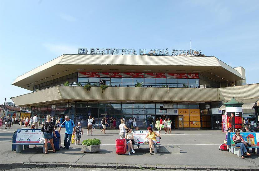 Bratislava Slovākija Autors: SinagogenBombardiren Dzelzceļa stacijas Eiropas galvaspilsētās