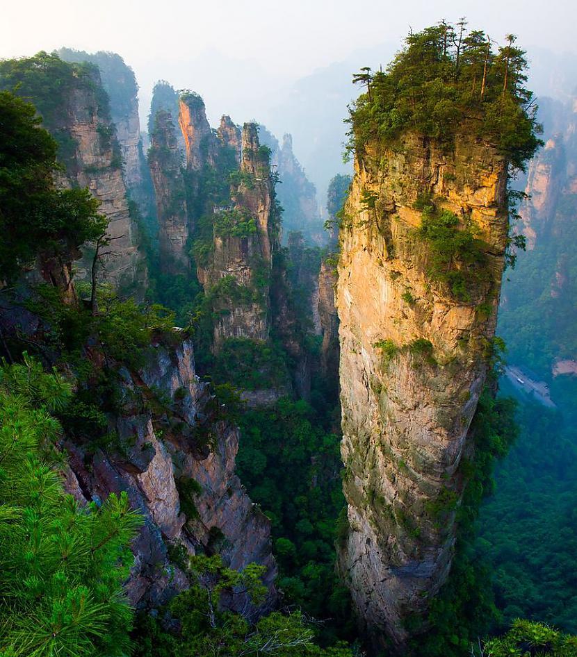 Akmeņa torņi Ķīnā Autors: AdriansLV 10. skaistākās vietas uz planētas