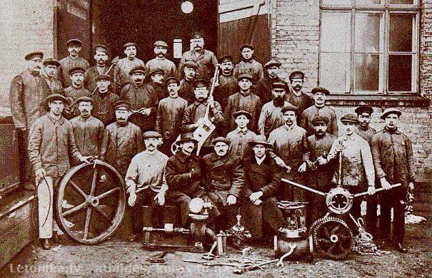 RūpniecībaPēc Pirmā pasaules... Autors: Fosilija Saimnieciskā dzīve
