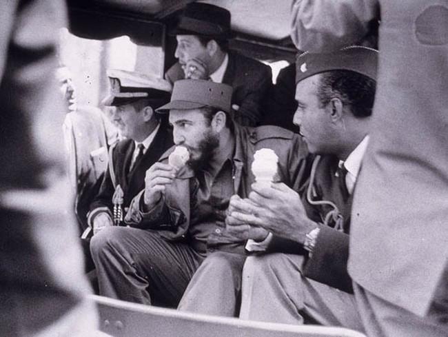 Fidels Kastro ēd saldējumu... Autors: kaķūns Pagātnes deva