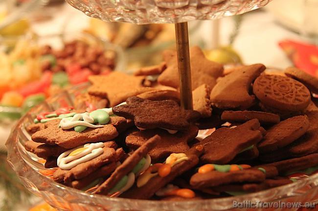 Mmmm kur tad bez piparkūkām... Autors: Ruudza21 Interesanti noformēti saldumi - dāvana svētkos