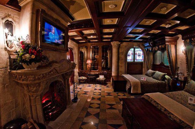 Cinderellarsquos Castle Suite... Autors: im mad cuz u bad Kur vislabāk pavadīt Valentīndienu?