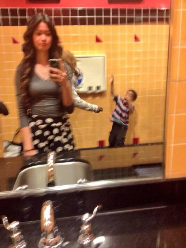 Autors: BLACK HEART 37 veidi kā neuzņemt selfijus!
