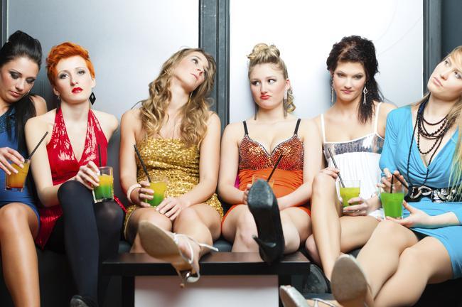 Ja pats rīko baļļuku tad... Autors: Trakais Jēgers Stilīgi ir brīvdienās palikt mājās, nevis piedzerties klubiņā