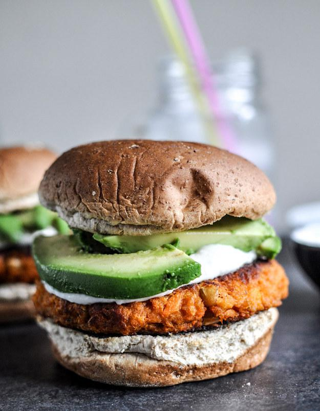 Saldo kartupeļu burgeris ar... Autors: kasītis no simpsoniem D Mājas hamburgeri vasarai!